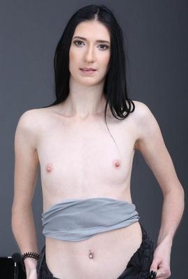 Porn star Ava Harris Photo