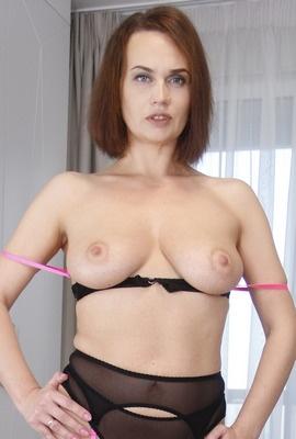 Porn star Ledy Gi Photo