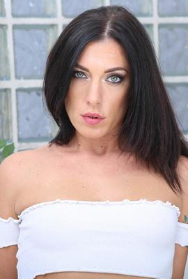 Porn star Sabrina Ice Photo