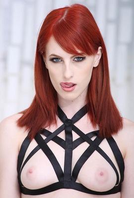 Porn star Alex Harper Photo