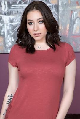 Porn star Amilia Onyx Photo