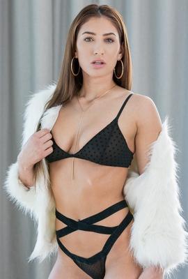 Porn star Davina Davis Photo