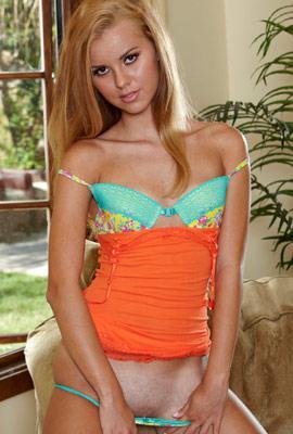 Porn star Jessie Rogers Photo