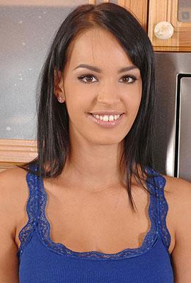 Naomi Roxx