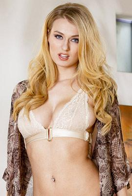 Pornstar Natalia Starr free Photos and Videos