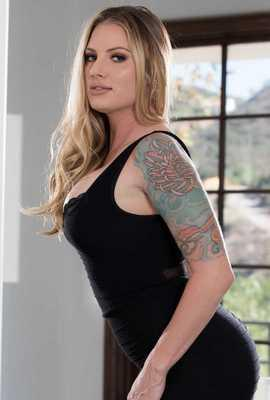 Pornstar Teagan Presley free Photos and Videos
