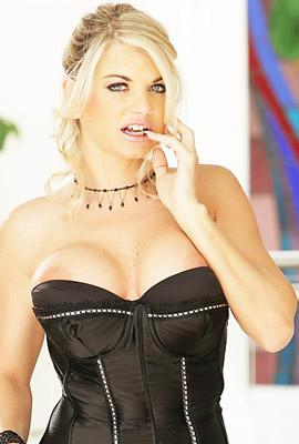 Pornstar Vicky Vette free Photos and Videos