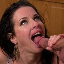 Veronica Avluv, Naughty America, photo 10