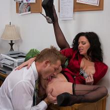 Veronica Avluv, Naughty America, photo 4