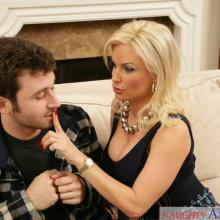 Diamond Foxxx, Naughty America, photo 3