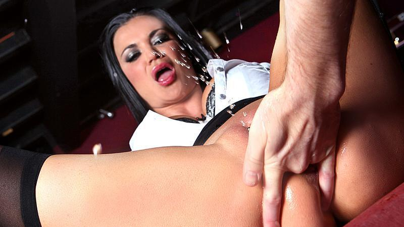 Jasmine jae takes bbc in her tight ass