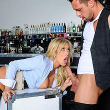 Capri Cavanni, Naughty America, photo 2