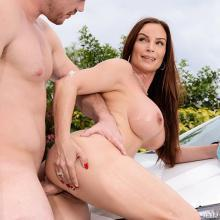 Busty Diamond Foxxx loves to Ride a rock hard Cock