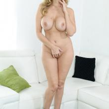 Julia Ann, Spizoo Network, photo 5