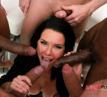 Veronica Avluv, Legal Porno, photo 4