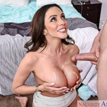Ariella Ferrera, Naughty America, photo 5