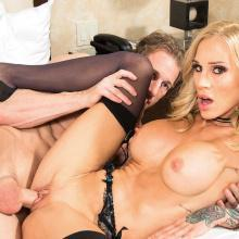 Sarah Jessie gets her shaved Pussy drilled out