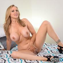 Julia Ann, Spizoo Network, photo 3