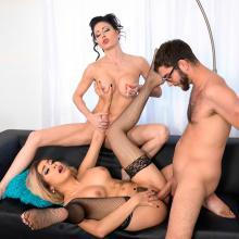 Aaliyah Hadid shares a Ccok with Jessica Jaymes