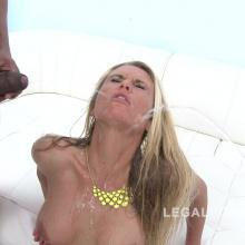 Group scene with Laura Crystal