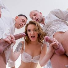 Private scene with Shelley Bliss
