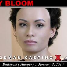 Stacy Bloom first porn audition by Pierre Woodman