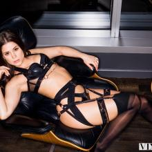 Little Caprice, Vixen, photo 1