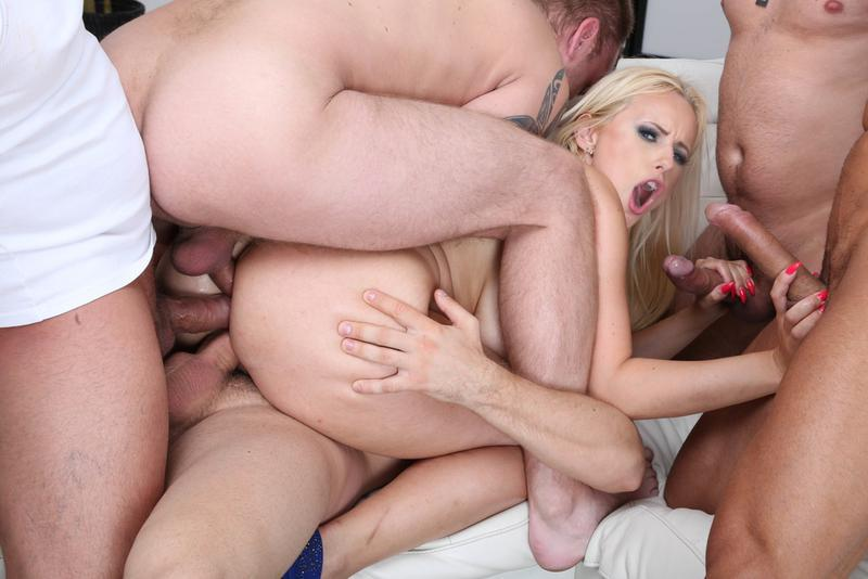 Triple penetration free mpegstures