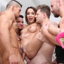 Francys Belle DOUBLE ANAL fucked by 4 white & 4 Black cocks