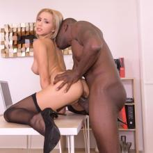 Secretary Veronica Leal nailed hard on a Desk by her Boss