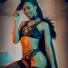 Kira Noir strips and shows her hot body