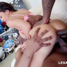 Lisa Ann, Legal Porno, photo 0