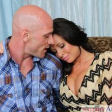 Veronica Avluv, Naughty America, photo 2