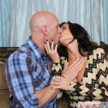 Veronica Avluv, Naughty America, photo 3