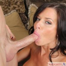 Veronica Avluv, Naughty America, photo 5