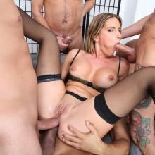 Leidy de Leon gets First Double Anal penetration