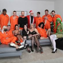 Ain't normal Christmas - Mad House, Double Anal & Pee Drink
