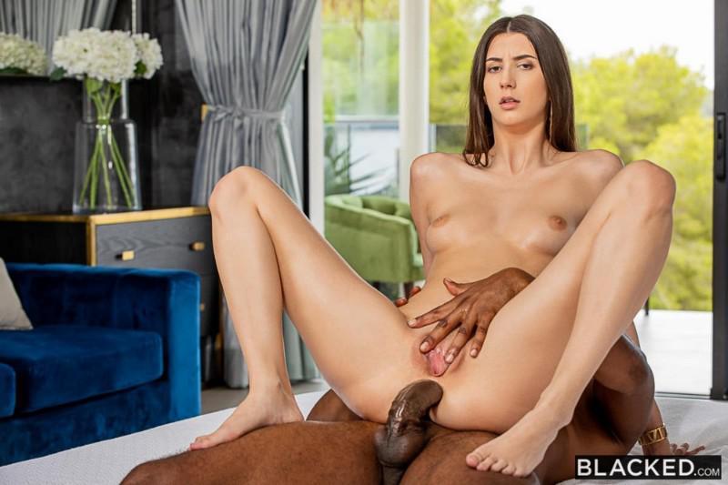 Lina Luxa Anal
