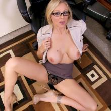 Julia Ann, Spizoo Network, photo 6
